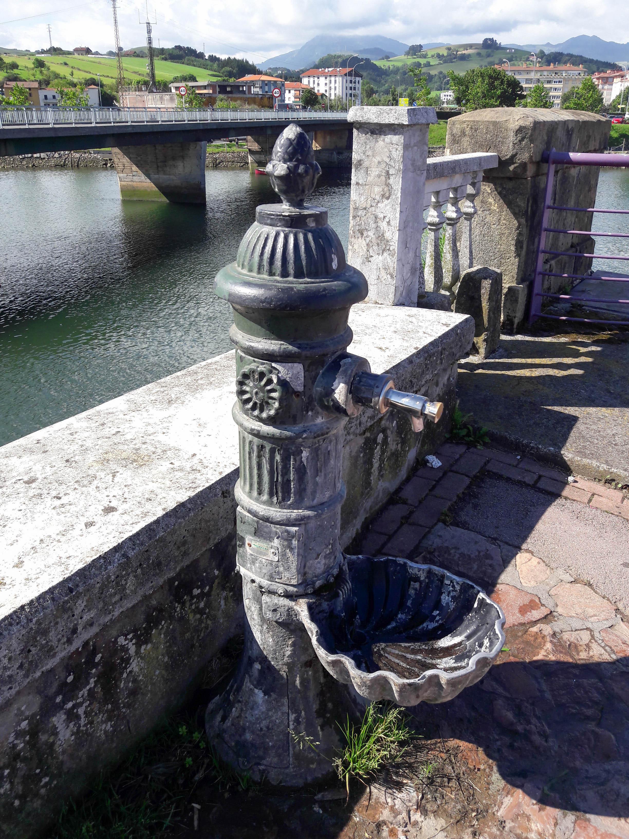 Water fountain, Zumaia
