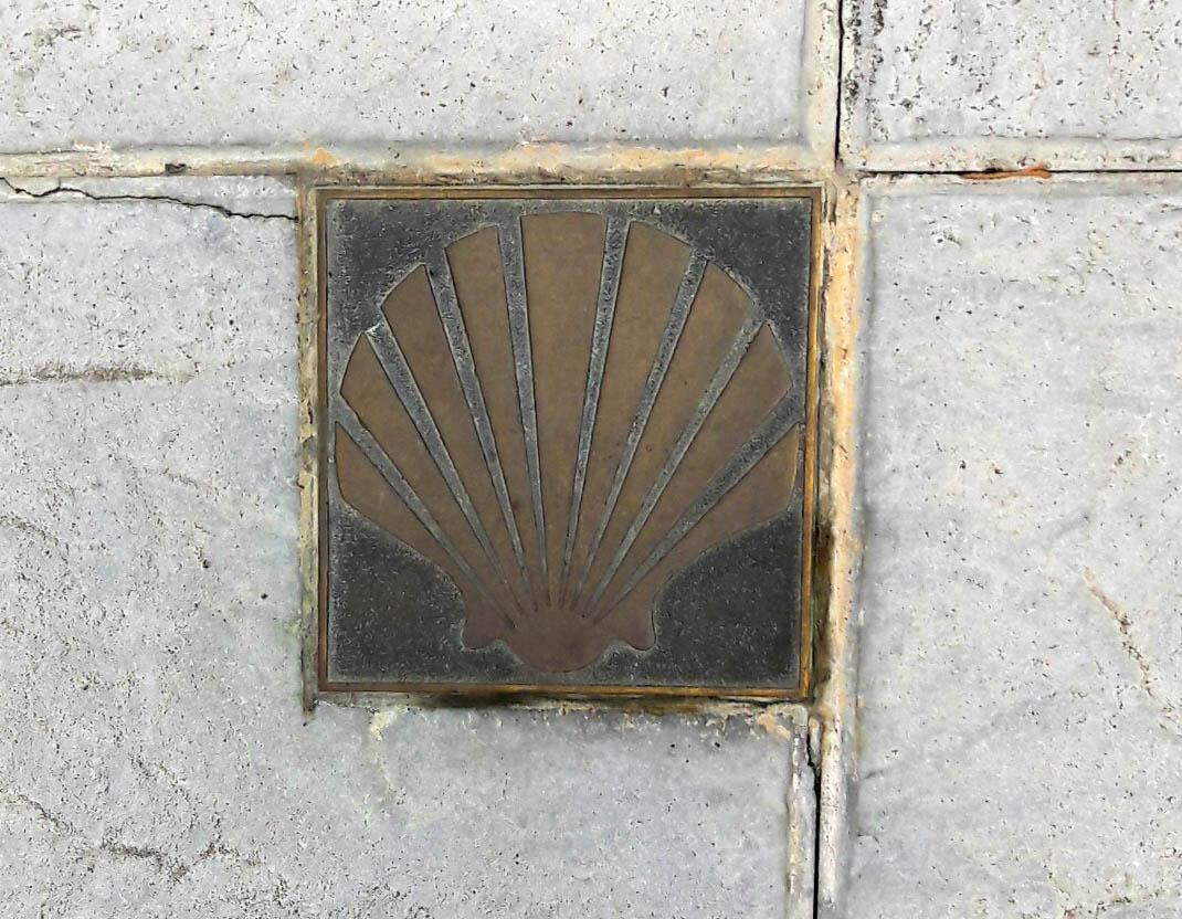 Bronze waymarker