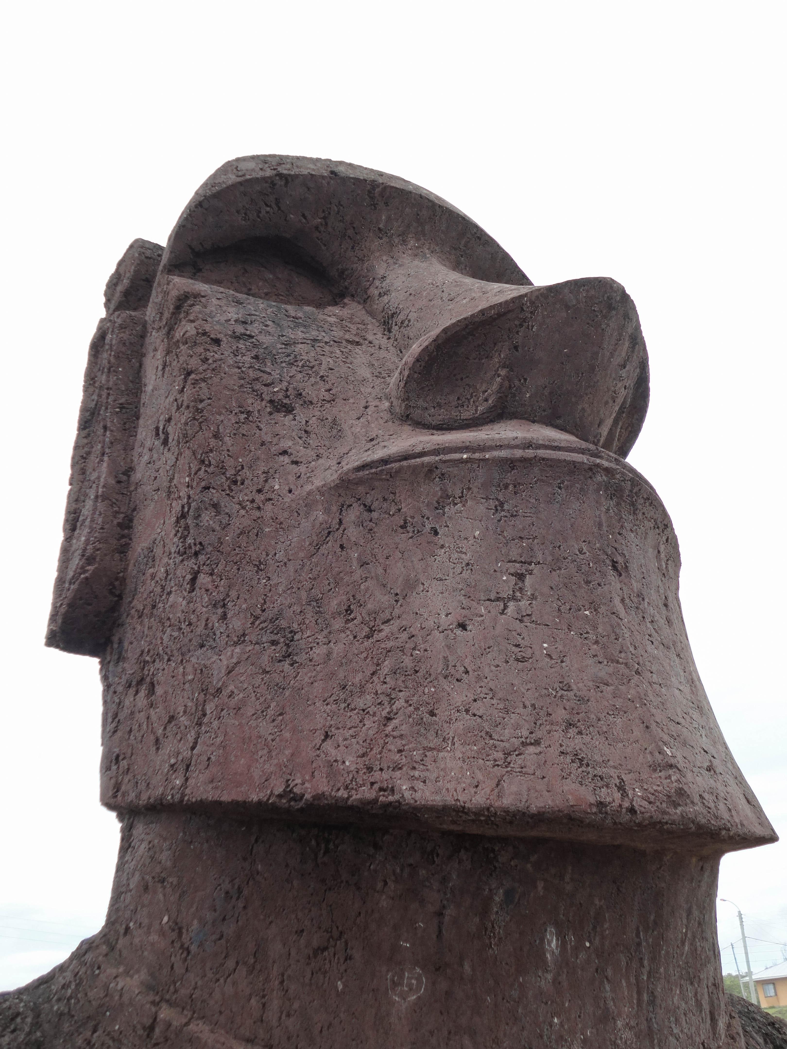 Moai, Hanga Roa