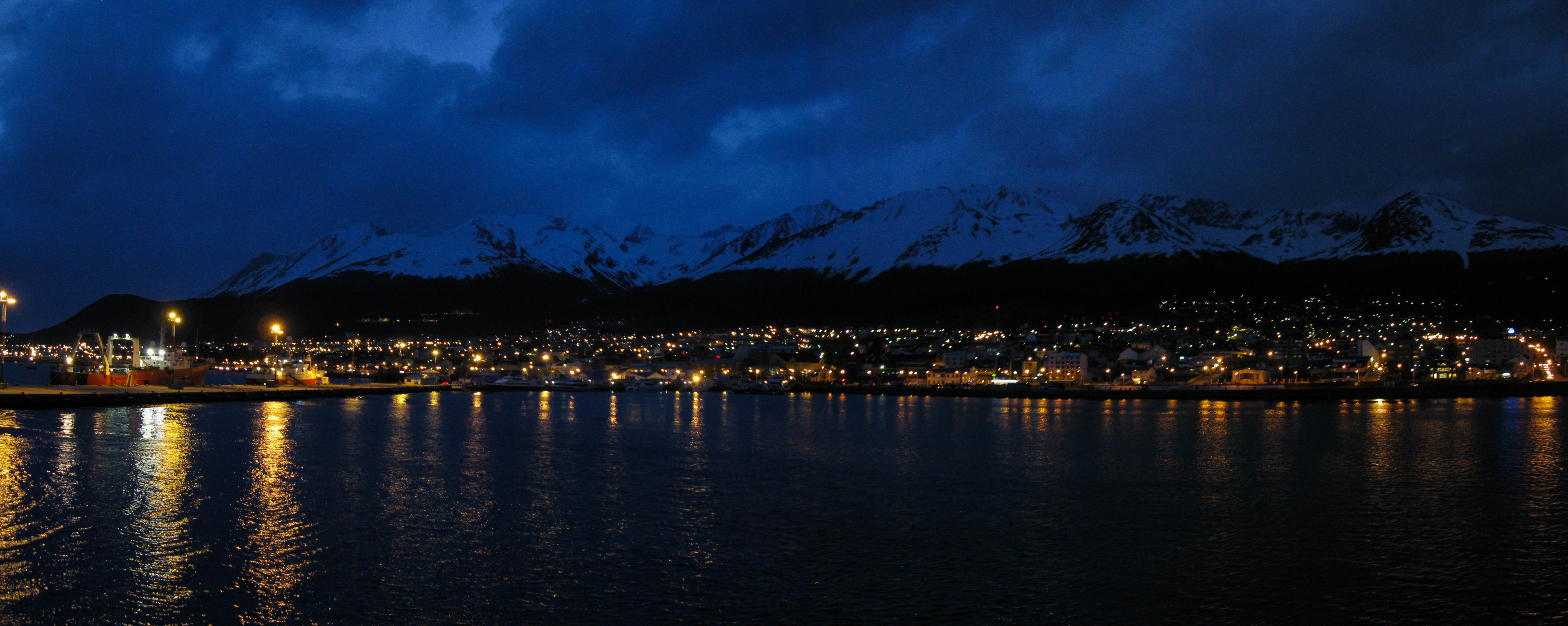 Ushuaia - night panoramic