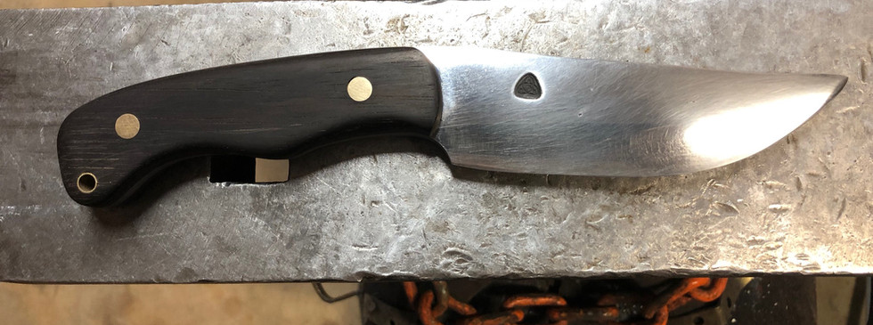 SLEEK CAYLOR FORGE