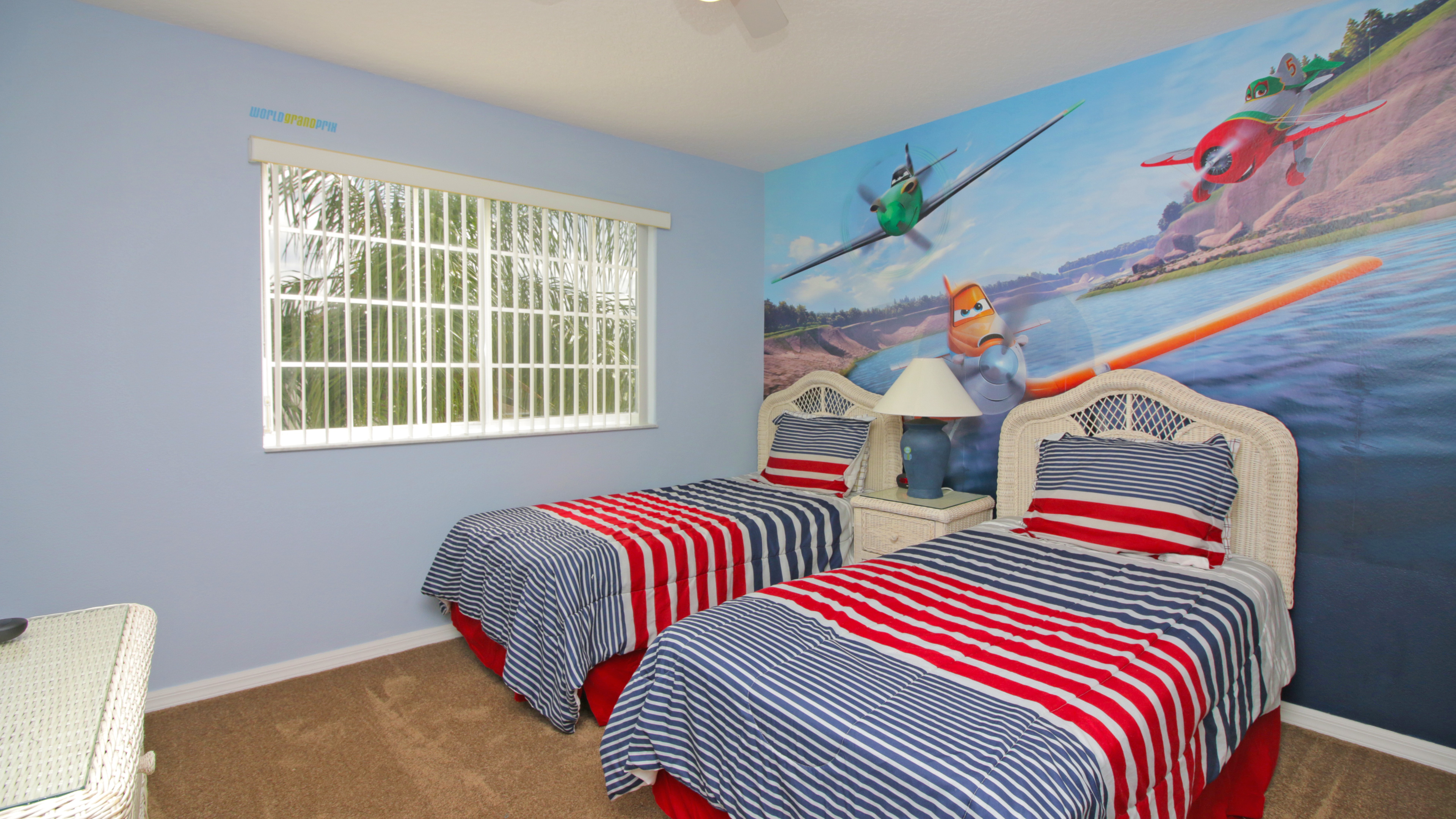 537KensingtonDr_Bedroom3_b
