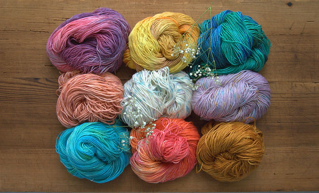 Multicoloured hand ded merino yarn