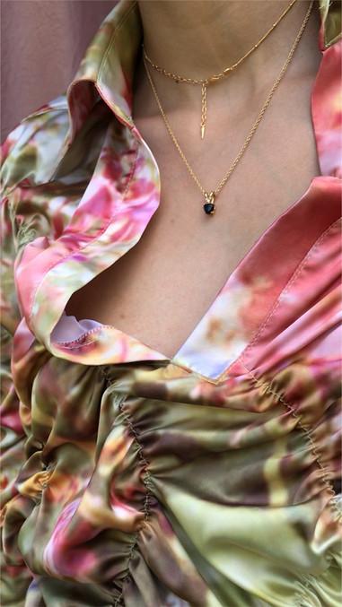 Isabella Plantation twist shirt close up