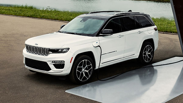 2022-Jeep-Grand-Cherokee-4xe-1.jpg