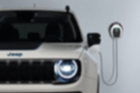 Jeep-Renegade-4xe-First-Edition-wallbox-