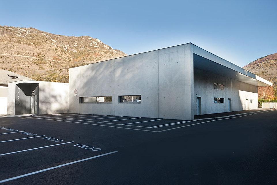 Cuisine Centrale Luzenac - vue arrière - Rinaldi & Levade Architectes - architectes Ariège et Toulouse