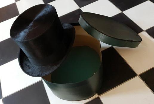 chapeau haut de forme retro brocante