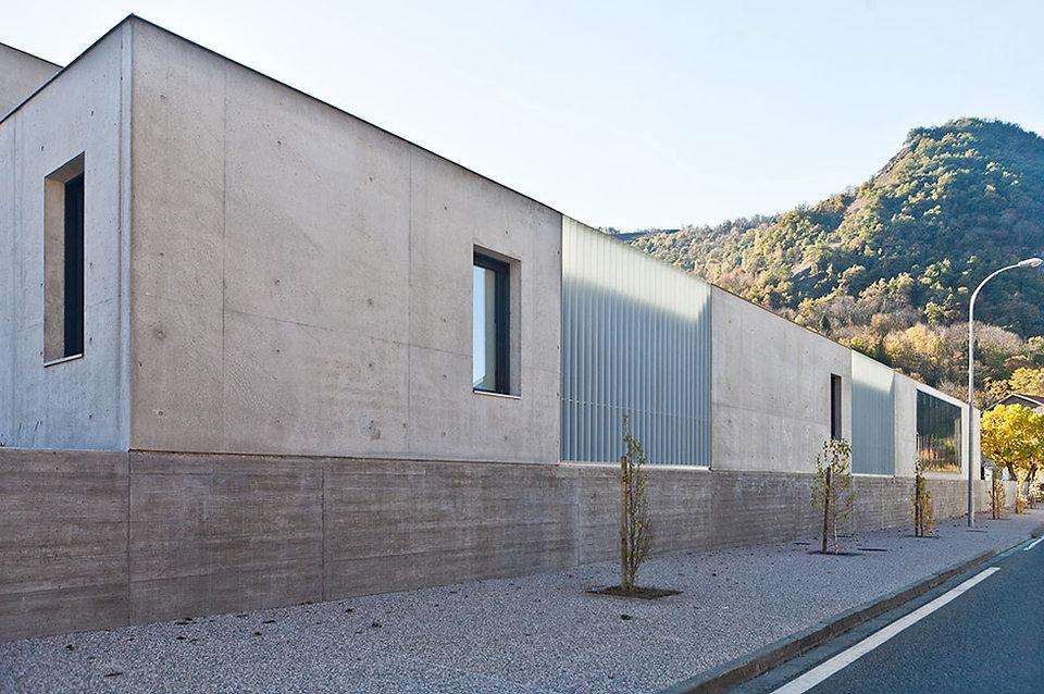 Cuisine Centrale Luzenac - vue ensemble 2 - Rinaldi & Levade Architectes - architectes Ariège et Toulouse