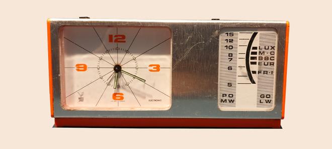 Radio Réveil Vintage brocante