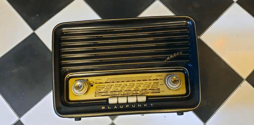Radio ancienne brocante