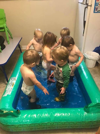 lots kids small pool.jpg