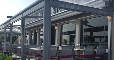 Restaurant Ouistreham salle en terrasse ou sous la Pergola