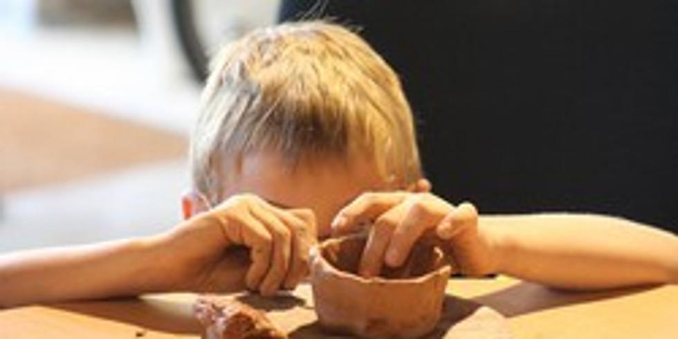 Atelier « Initiation à la poterie » à l'Ambrussum musée et site archéologique à Villetelle
