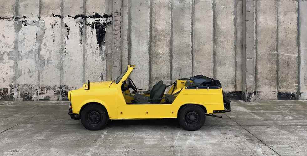 Trabant_Fahrerseite offen.jpg