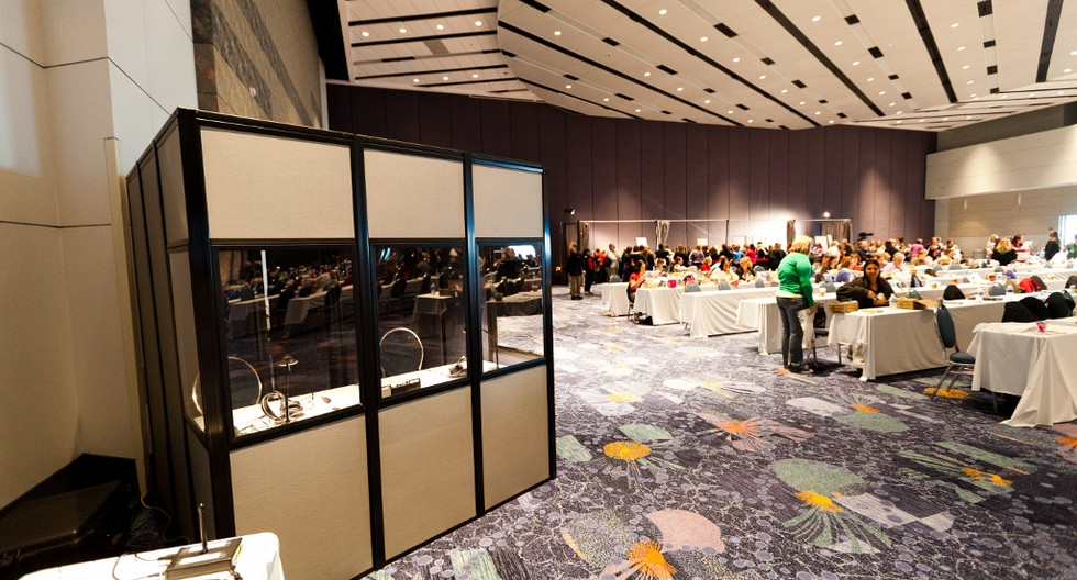 Fully-encapsulated-booth-at-event.jpg