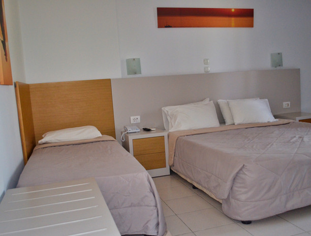 Bungalow Building 2 Bedroom Family Room