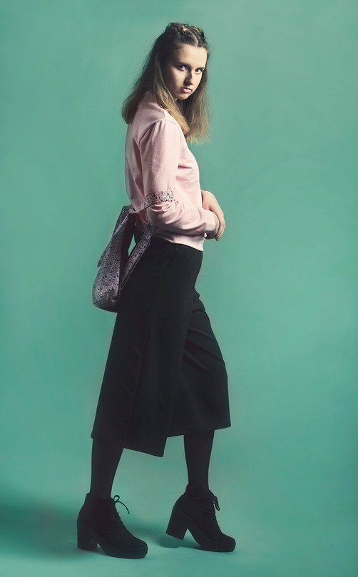 Culottes and flower packback