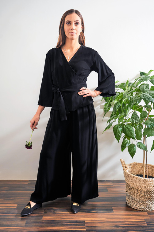 Ilta Shirt and Aamu Pants - Black