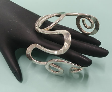 Freeform Bracelet