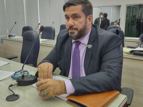Leonardo Dias cobra da Mesa Diretora da Câmara a apreciação do Orçamento do Executivo