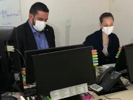Leonardo Dias denúncia falta de medicamentos na Central de Abastecimento Farmacêutico de Maceió