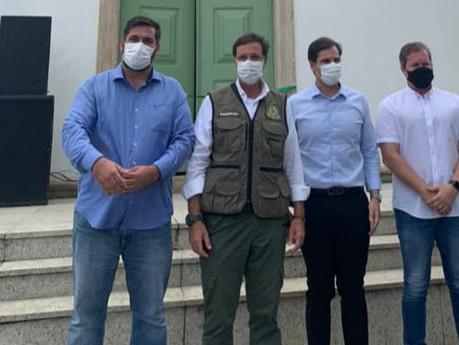 Ao lado de ministro do Turismo, Leonardo Dias visita obras de restaurações, em Marechal Deodoro