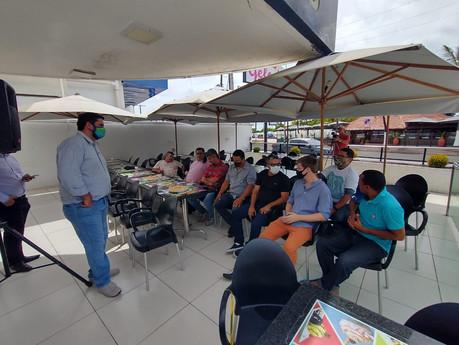 Leonardo Dias discute melhorias em legislação para desburocratizar serviços de transporte