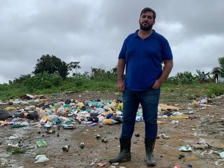 """""""Não podemos nos acostumar com a desgraça"""", afirma Leonardo Dias após visitar bairros alagados"""
