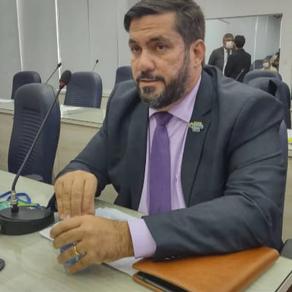 Leonardo Dias denuncia fila por cirurgias cardíacas por falta de repasse de recursos em Maceió