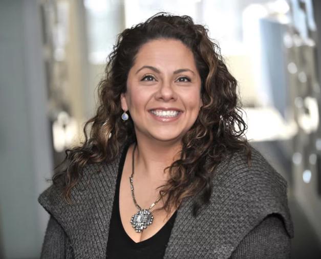 Aurora Aguliar, Editor, Modern Healthcare
