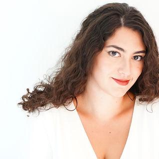 Mariya Kaganskaya, white background, inviting you to connect