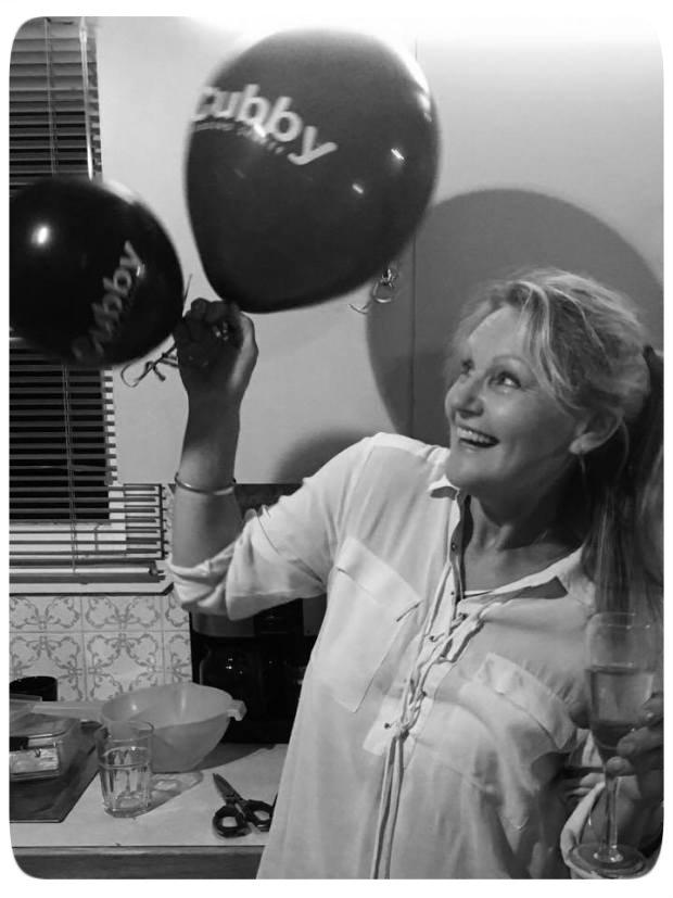 Sharyn Cook BW - pixlr - balloons - roun