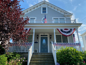 The Best Decorated House in Oyster Bay
