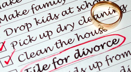 Does it Matter who files first in a Divorce?
