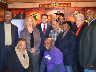 Pilot program gives NYC former servicemen and women free admission to Broadway shows`