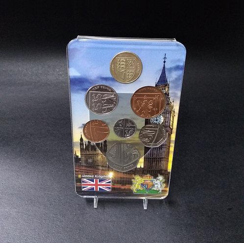Display Expositor com Moedas da Série Escudo Real Britânico