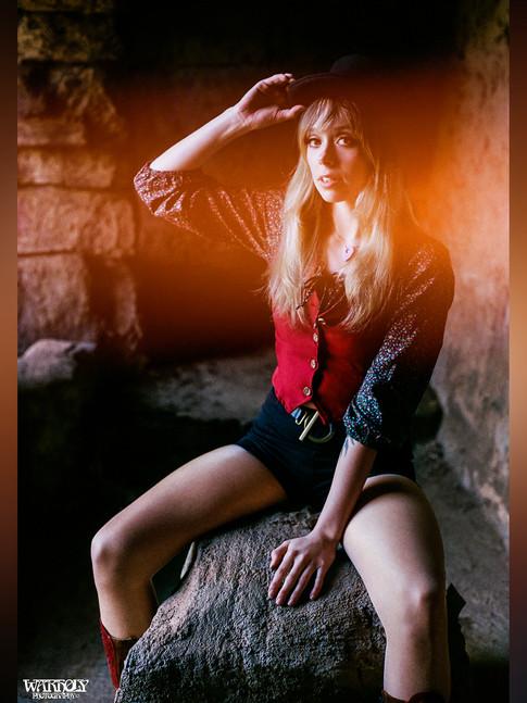 Devyn Crimson shot by Warholy