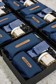 Fabricante de cajas rígidas de regalo premium personalizadas en india