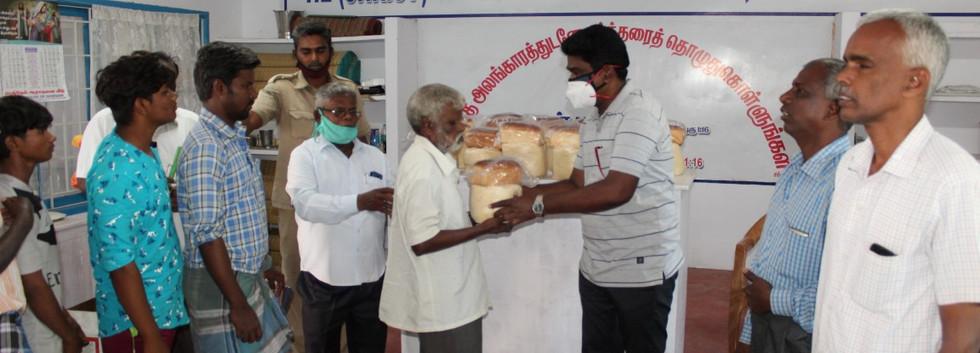 Blind people helps  (9).JPG
