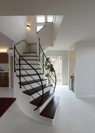 13_BROWN&PURPLE HOUSE