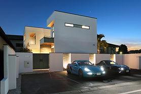 ジョイホームデザインの施工例セレクション ウォーターガーデンを眺めながらヨガを愉しめる家
