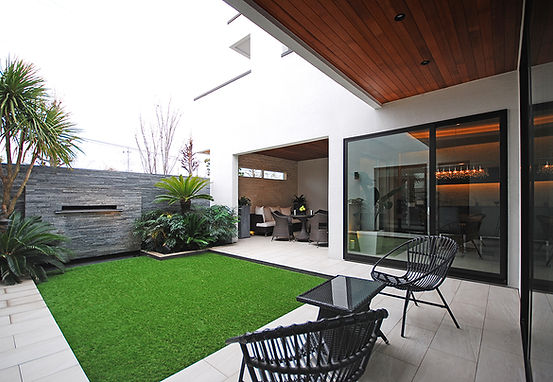 新前橋モデルハウス VILLA LUXE ヴィララグゼ 自由設計注文住宅 都市型デザイン分譲住宅 デザイン住宅