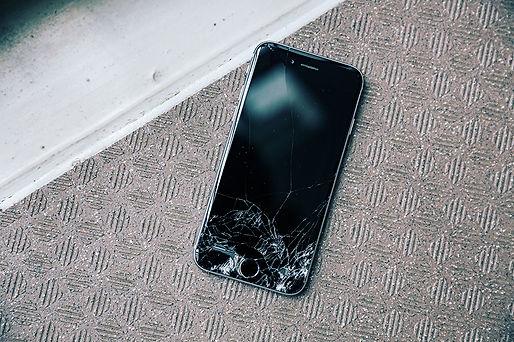 富山県のiPhone画面割れ修理