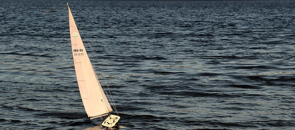 sailing-boat-3399011_1920_edited.jpg