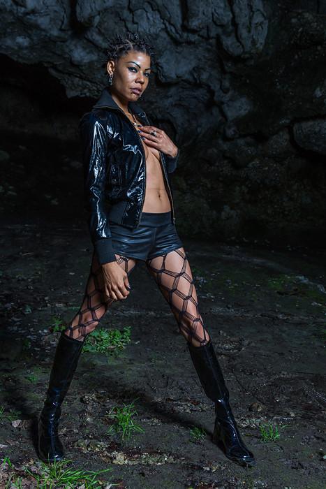 Model: Blaxoticaz