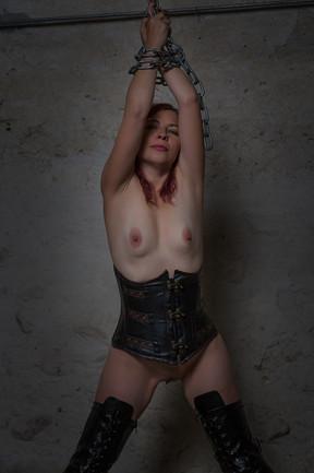 Model: Rabia