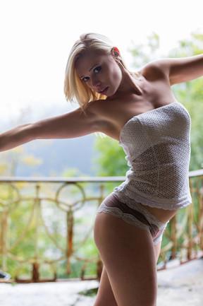 Model: Liza Li
