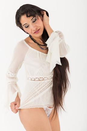 Model: La Temyah