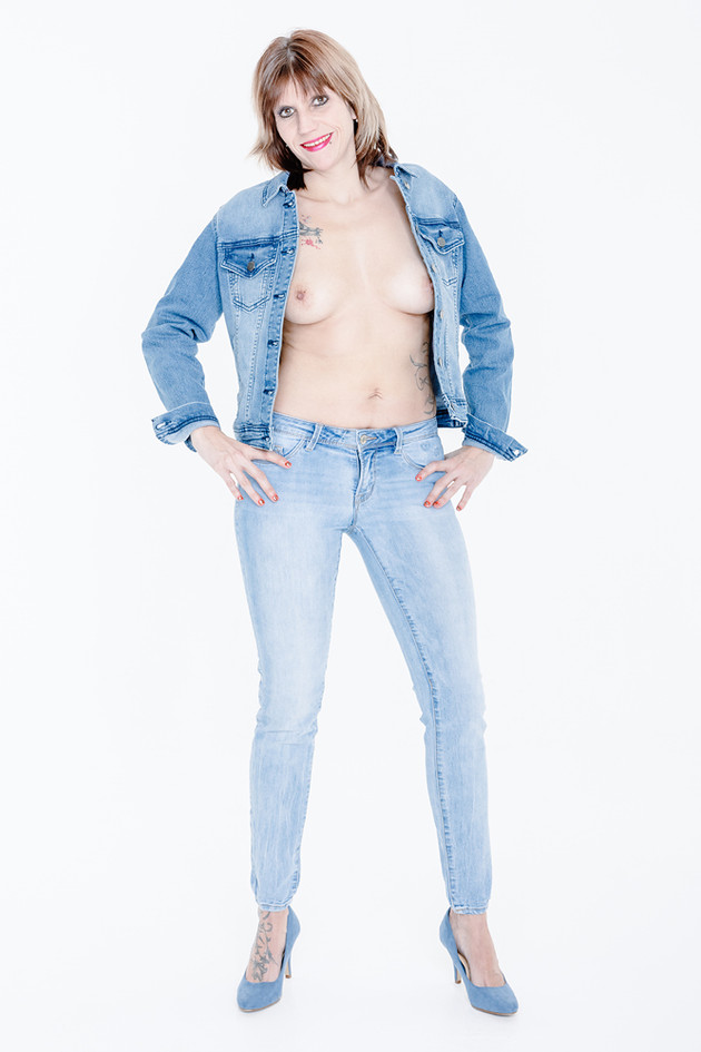 Model: Manuelita